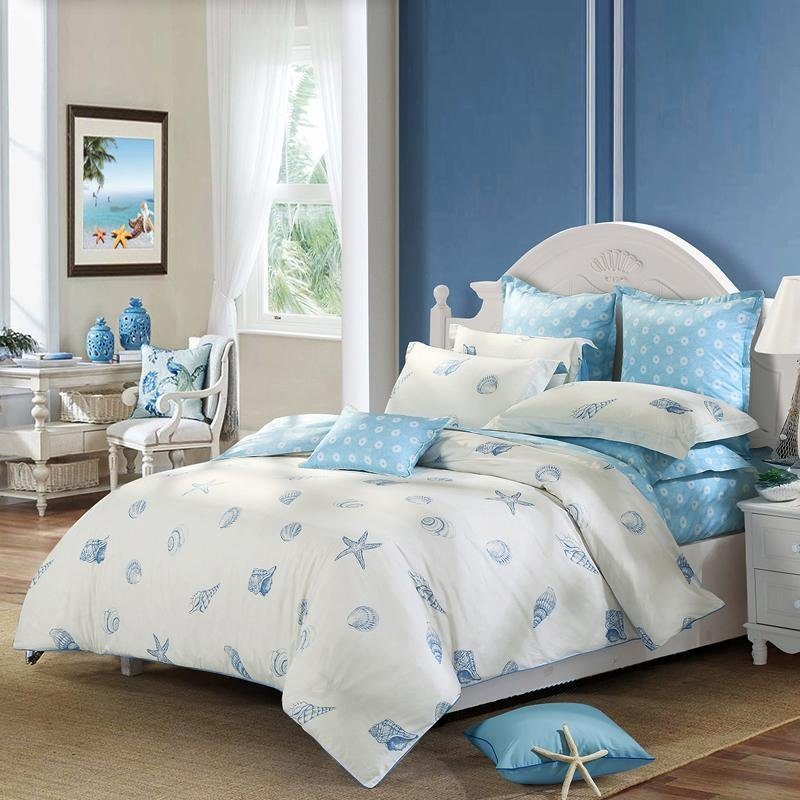 Off-white and Blue Ocean Style Marine Life Seashell and Starfish Print Beach Themed Full, Queen Size 100% Cotton Bedding Sets