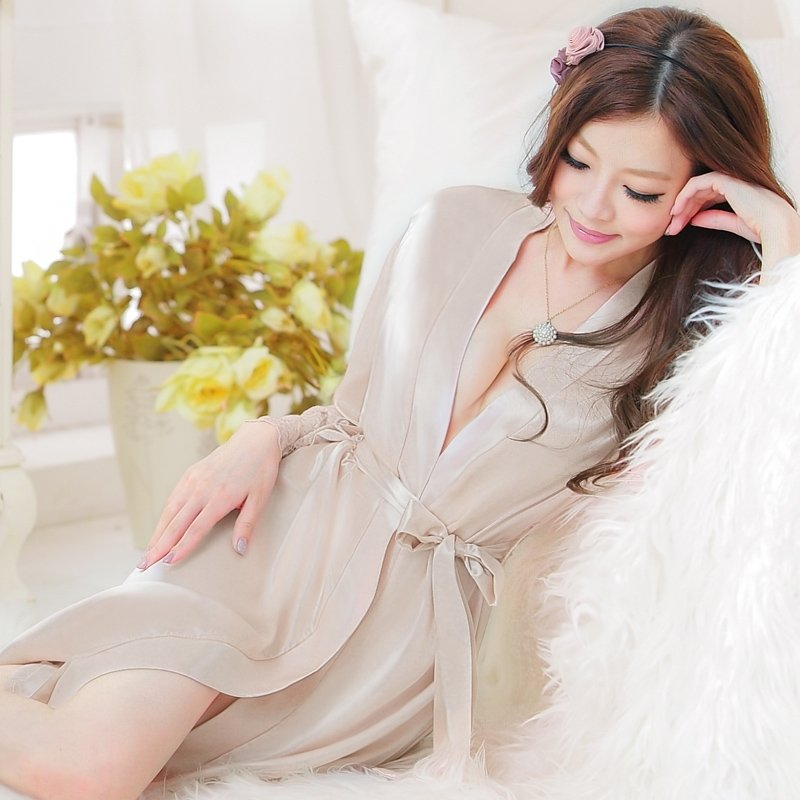 Women Girls Lady Cute Breathable Sexy 100% Polyester Night-Robe Bathrobe Champagne Gown Pajamas