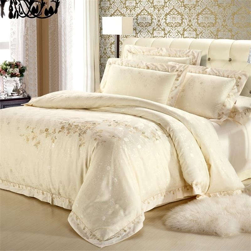 Cream Country Floral Pattern Sparkle Embroidered Design Luxury Hotel Quality Jacquard Satin Full, Queen Size Bedding Sets
