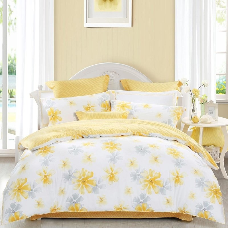 Gray And Yellow Bedroom: Yellow Gray And White Beautiful Flower Print Country Chic