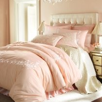 Vintage Simply Shabby Chic Soft Coral Pink Rustic Western Embroidered Vector Flower Girls Full, Queen Size Bedding Sets