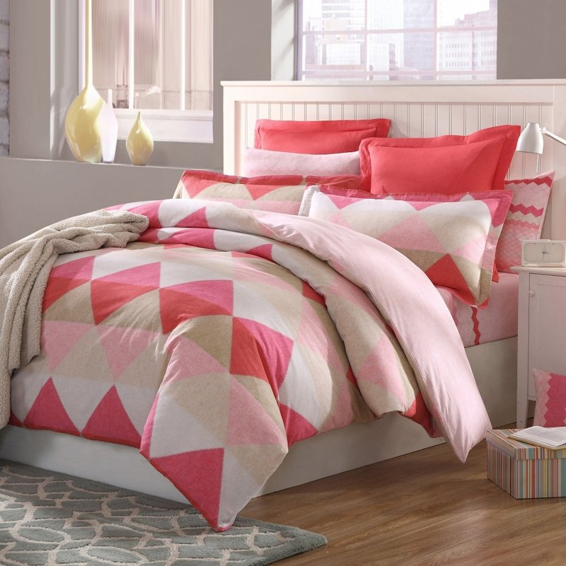Brink Pink Beige and Cream Contemporary Modern Diamond Pattern Cute Girly Themed 100% Brushed Cotton Full, Queen Size Bedding Sets