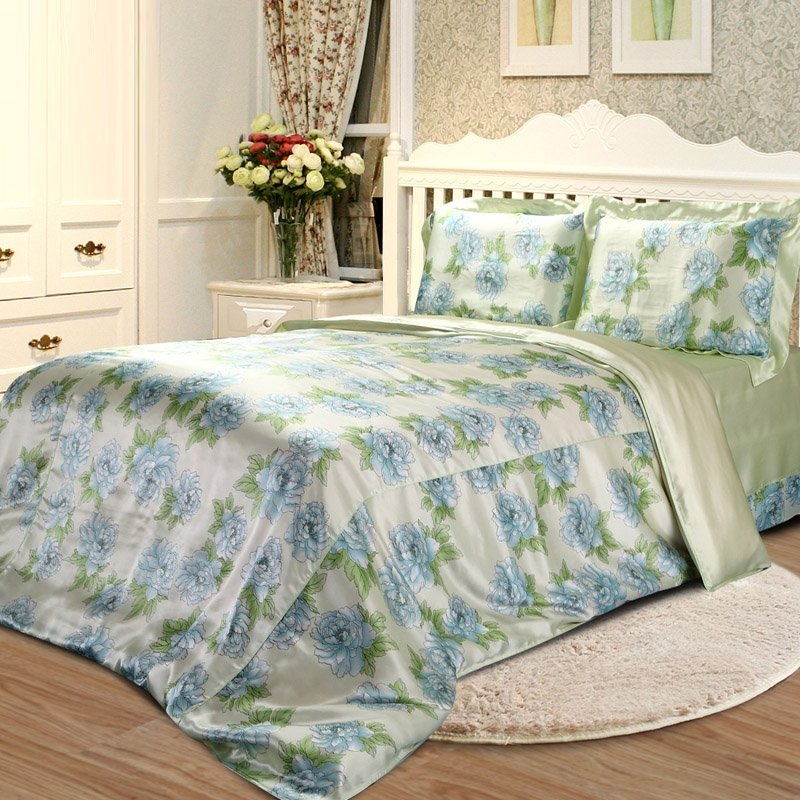 Blue Green and Beige Country Style Gorgeous Floral 100% Mulberry Silk Full, Queen Size Bedding Sets