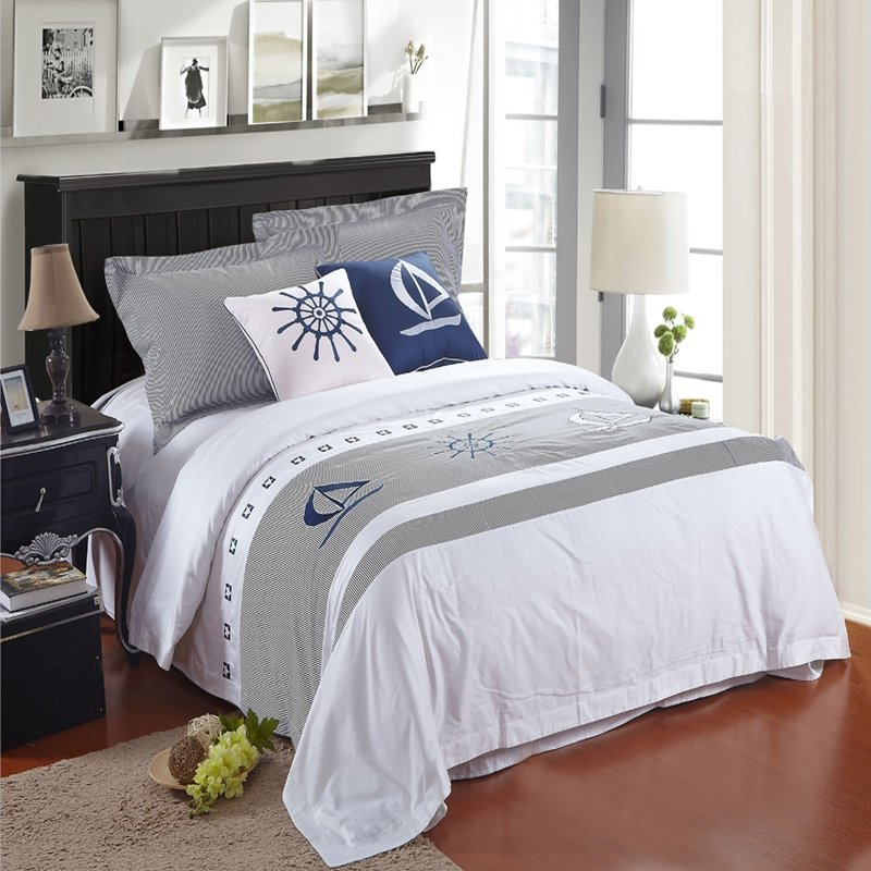Nautical Bedding King: White And Grey Nautical Themed Sailing Boat Print 5 Star