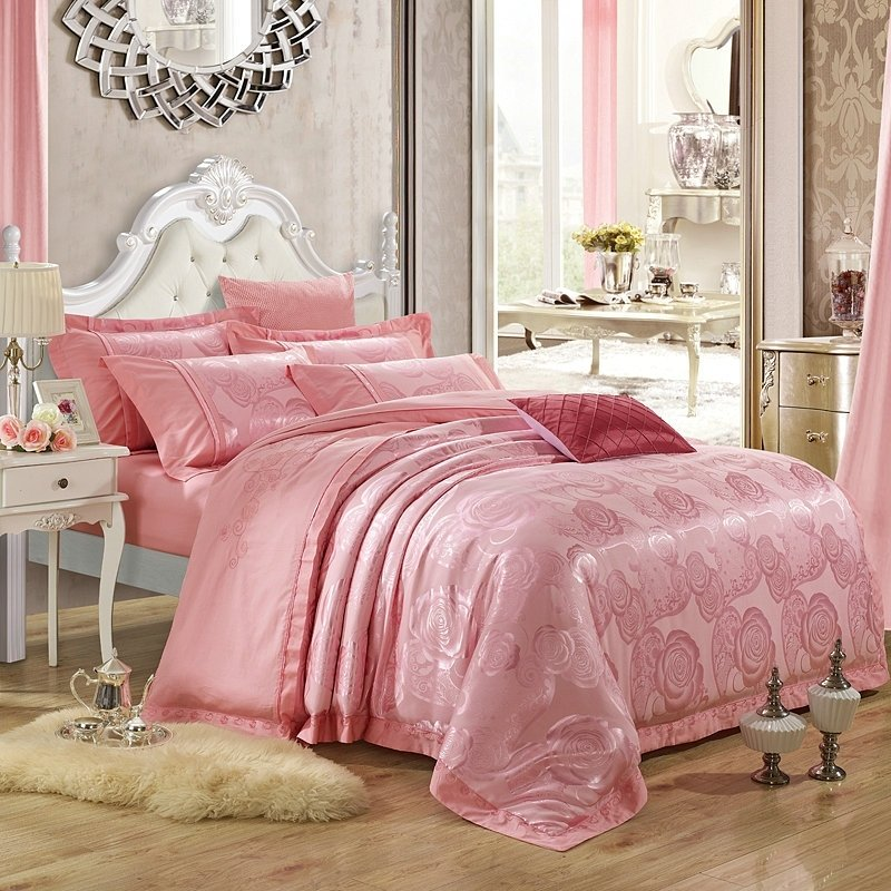 Elegant Pink British Rose Pattern Romantic Sequin Embroidered Design Luxury Jacquard Full, Queen Size Bedding Sets