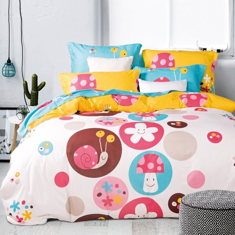 Hot Pink Blue and Yellow Colorful Polka Dot Design Snails Print Cute Girly Themed 100% Cotton Twin, Full Size Bedding Sets
