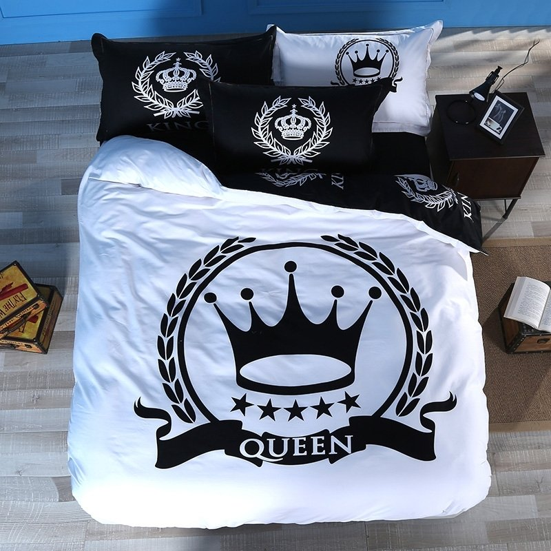 Black and White Crown Print Royal Style Modern Chic Traditional Personalized Reversible 100% Cotton Twin, Full, Queen Size Bedding Sets