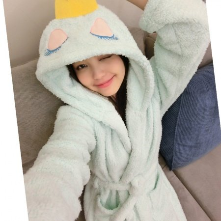 Cartoon Queen Pattern Bathrobe Robe Cute Spa Flannel Pajamas for Girls M L