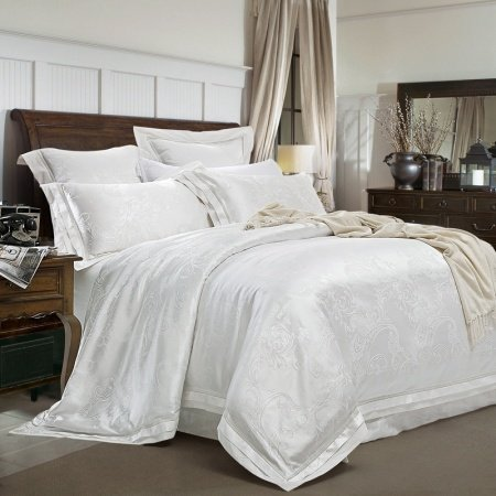 Luxury All White Paisley Pattern Sequin Embroidered Design Romantic Boutique Jacquard Satin Fabric Full, Queen Size Bedding Sets