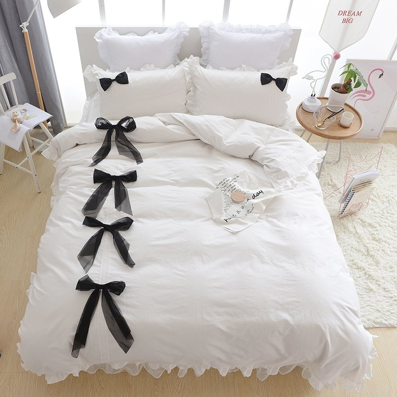 Simply Shabby Chic Black and White Romantic Elegant Ruffle Bow Girls Princess Style Twin, Full, Queen Size Bedding Sets