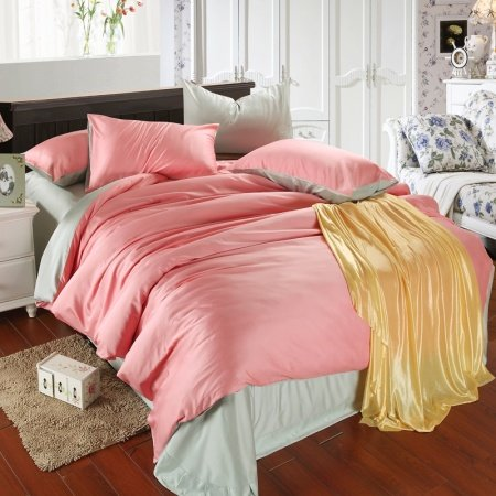 Plain Pink and Solid Bean Green Simply Chic Noble Excellence Luxury Vogue Color Block Unique Adult 100% Tencel Full, Queen Size Bedding Sets