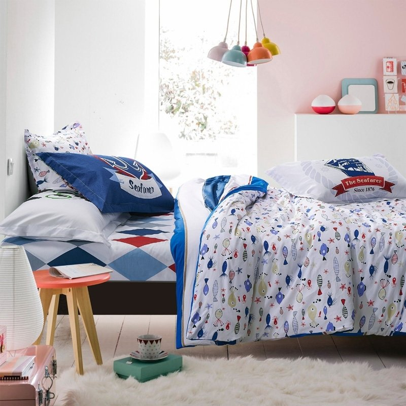 Ocean Blue Red and White Marine-Inspired Tropical Fish Print Cartoon Themed 100% Cotton Twin, Full Size Bedding Sets for Kids