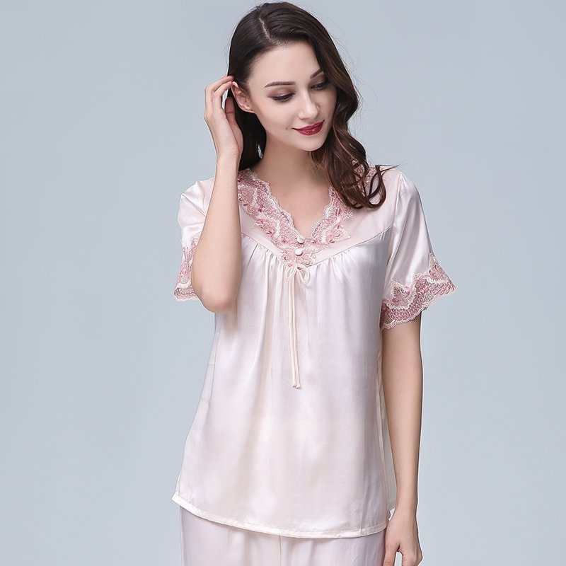 Pale Pink 100% Pure Silk Short Sleeve Shirt with Romantic Lace Embroidered and Ninth Pants Luxury Girls Pajamas M L XL