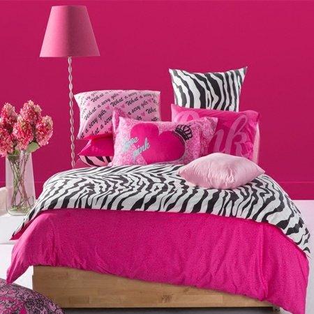 Elegant Girls Black White and Hot Pink Zebra Stripe Print High Fashion Reversible 100% Cotton Twin, Full, Queen Size Bedding Sets