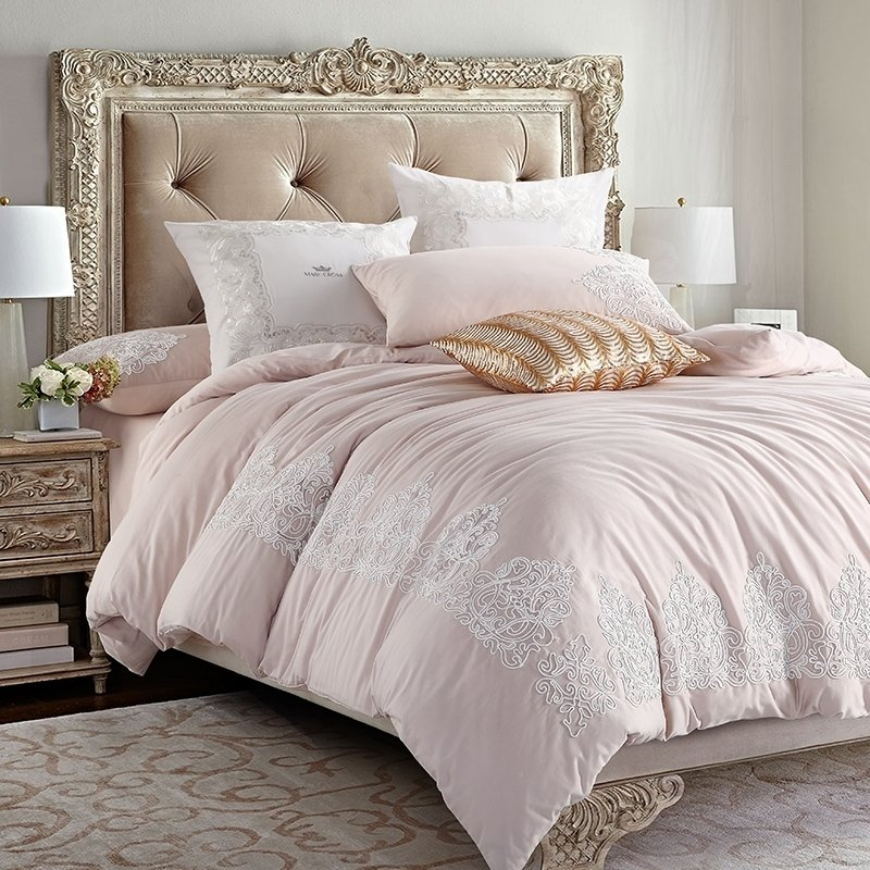Elegant Girls Pale Pink and White Applique Vintage Gothic Pattern Shabby Chic Embroidered Full, Queen Size Bedding Sets