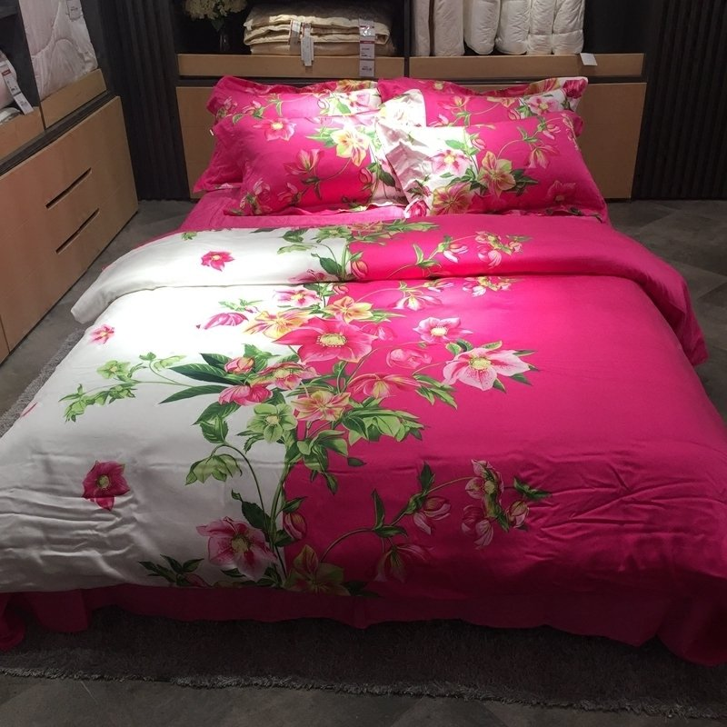 Forest Green White Pink and Rose Red Wildflower Print Country Chic Elegant Feminine Soft Tencel Lyocell Full, Queen Size Bedding Sets
