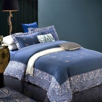 Navy Blue and White Greek Key Inspired Shabby Chic Western Style Abstract Design Embroidered 100% Cotton Damask Full, Queen Size Bedding Sets