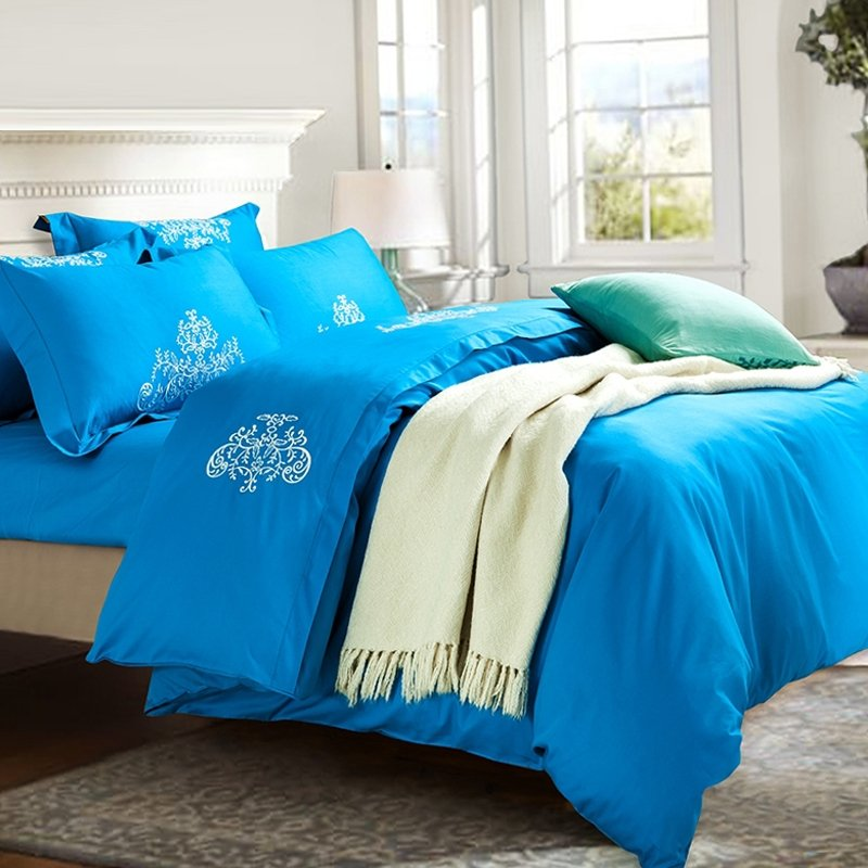 Boys Azure Blue and White Pure Colored Tattoo Pattern Personalized Embroidered Design 100% Cotton Damask Full, Queen Size Bedding Sets