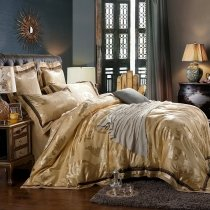 Luxury Royal Gold Rococo Pattern Sequin Design Noble Excellence Boutique Jacquard Satin Fabric Full, Queen Size Bedding Sets
