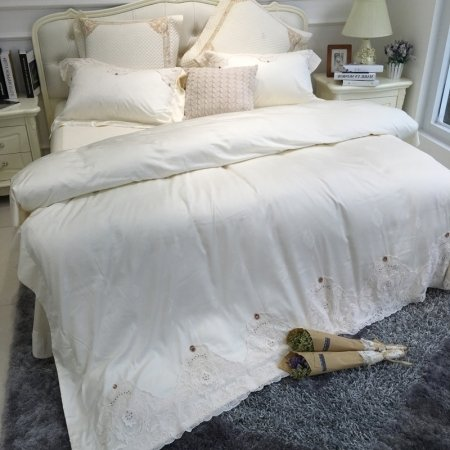 Noble Excellence Luxurious Solid White Victorian Lace Vintage Shabby Chic Feminine Adults Full, Queen Size Bedding Sets