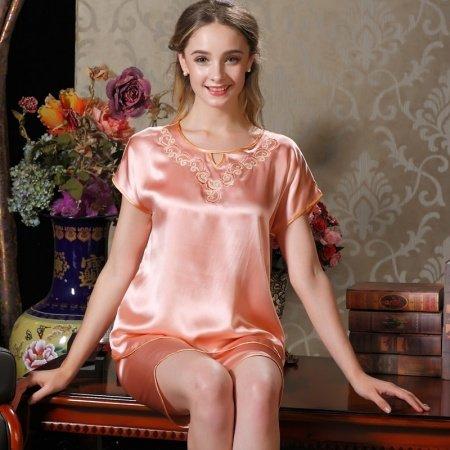 Twilight 100% Chinese Silk Embroidered Short Sleeve Shirt and Knee Length Pants Feminine Pajamas M L XL