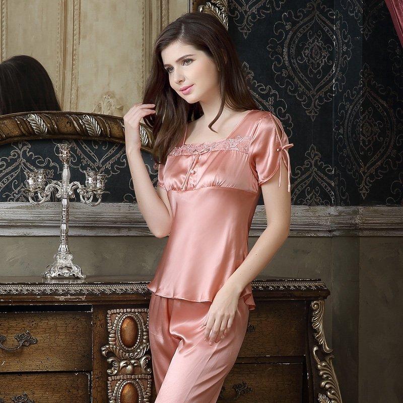 Pastel Pink 100% Mulberry Silk Square-cut Collar Short Sleeve Shirt & Knee Length Pants Luxury Retro Chic Pajamas for Women
