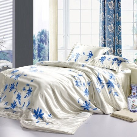 Romantic White and Royal Blue Oriental Chinese Style Garden Plant 100% Mulberry Silk Full, Queen Size Bedding Sets