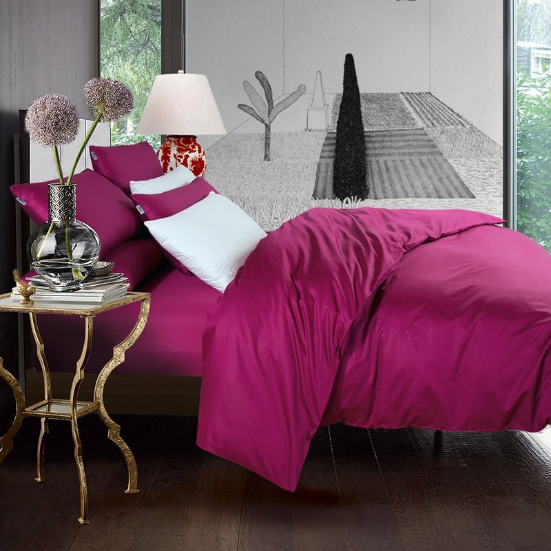 Luxury Plum Pure Colored Simply Chic Modern Chic 800 Thread Count 100% Egyptian Cotton Full, Queen Size Bedding Sets