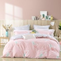 Nice Girls Pineapple Print Tropical Fruit Pastel Style Girly Full, Queen Size Bedding Sets in Coral Pink Green and Red