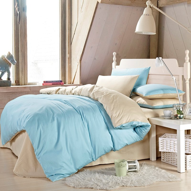 Light Blue and Cream Plain Colored Simply Chic Contemporary Damask Microfiber Cotton Percale Fabric Full, Queen Size Bedding Sets