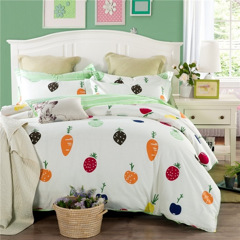 Cherry Red Orange Black and White Carrot and Tomato Vegetables Print Funny Style Unique 100% Cotton Twin, Full Size Bedding Sets