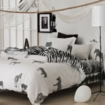 Black and White Jungle Animal Zebra Print Modern Chic Traditional Reversible 100% Cotton Twin, Full, Queen Size Bedding Sets