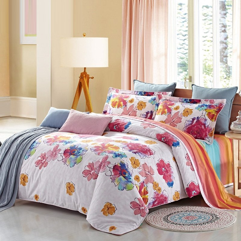 Cherry Red Orange Blue and White Beautiful Floral Print Fashion and Cute Style All Cotton Full Size Bedding Sets