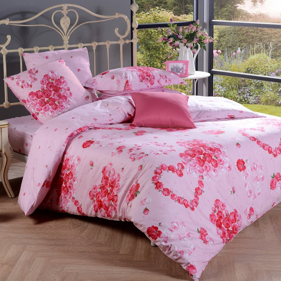Pink and Red Romantic Love Heart Cute and Princess Themed Flower Print Girls Full, Queen Size Bedding Sets