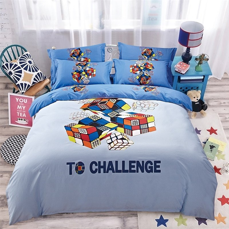 Red Orange Blue and White Rubik's Cube Print Modern Chic Preppy Style Funky Game 100% Cotton Twin, Full Size Bedding Sets for Kids