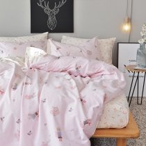 Woodland Animal Themed Pastel Pale Pink White Red and Blue Fox Print Cute Girly Girls Twin, Full Size Bedding Sets