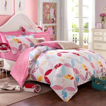 Hot Pink Red White and Blue Bright Colorful Geometric Pattern Pastel Style Cute Girls 100% Cotton Toile Twin, Full Size Bedding Sets
