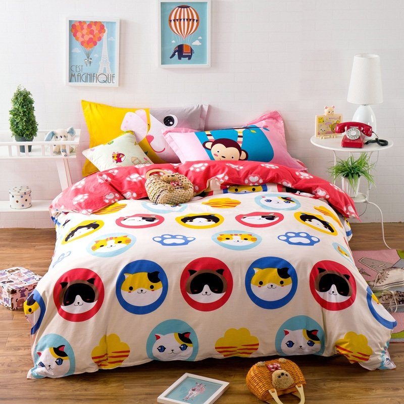 Girls Red Blue Yellow Black and White Cute Kitty Cat Print Modern Chic Reversible 100% Cotton Twin, Full Size Bedding Sets