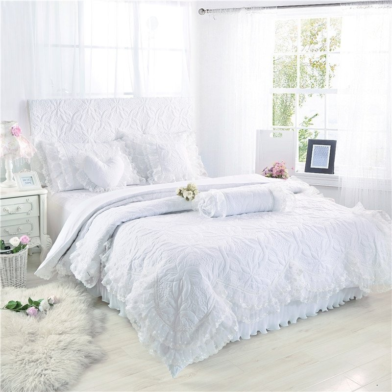 Sophisticated Quilted White Floral Vintage Lace with Gathered Bedspread Twin, Full, Queen Size Bedding Sets
