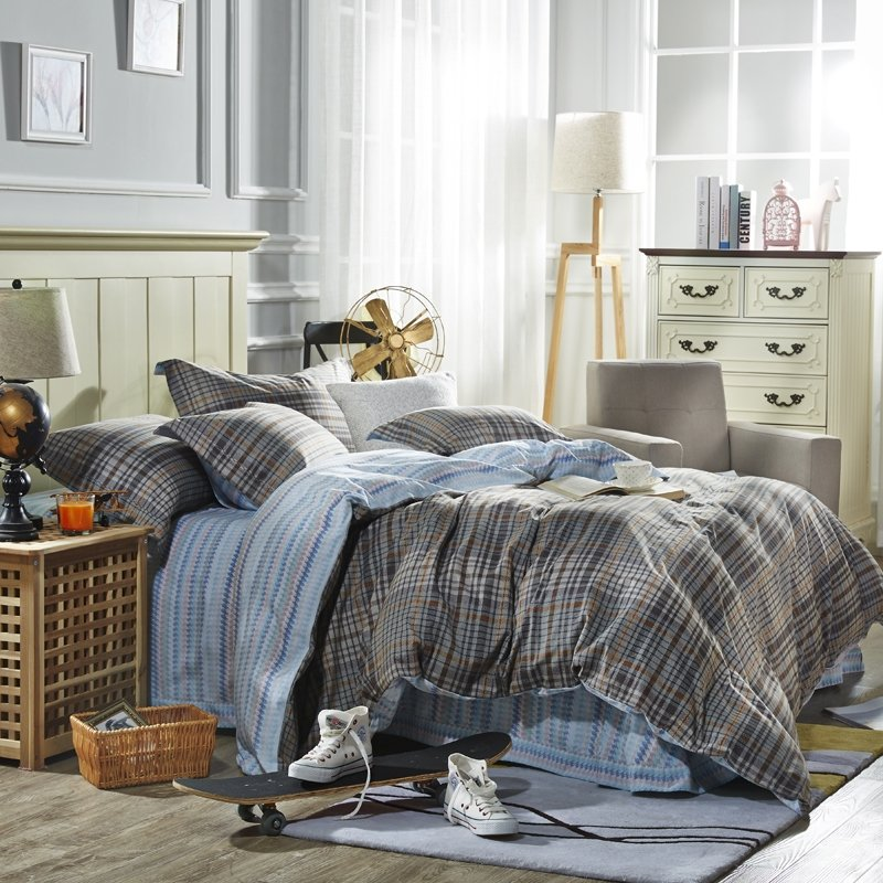 Grey and Light Blue Plaid Print Old Fashion Shabby Chic Reversible 100% Brushed Cotton Full, Queen Size Bedding Sets