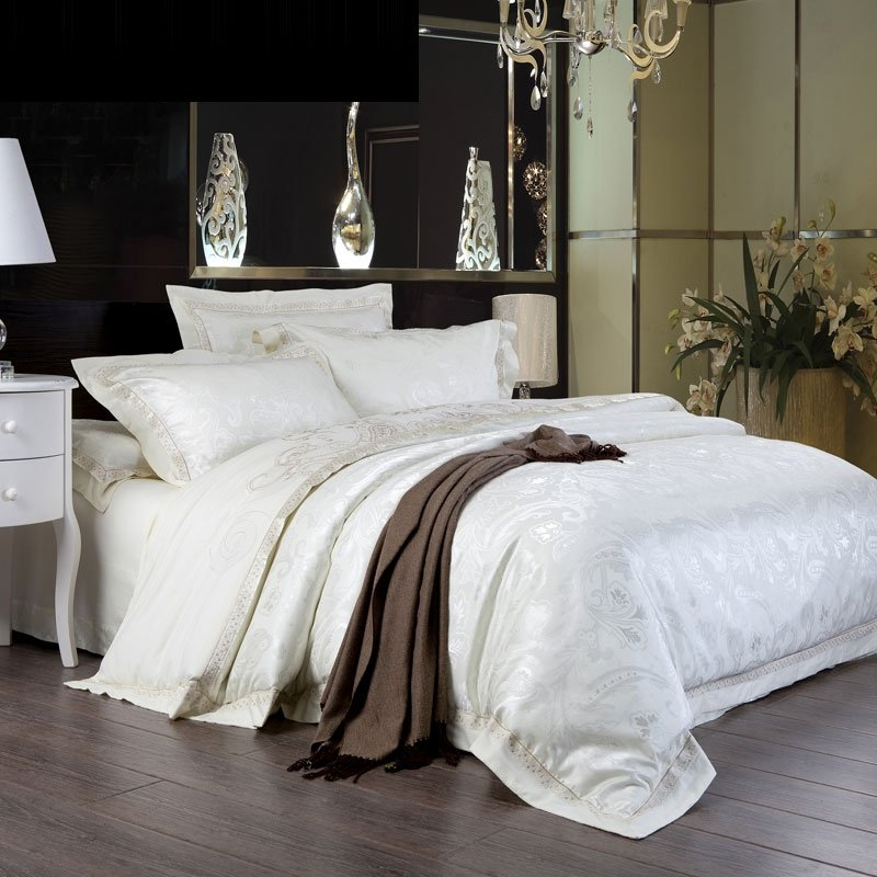 Snow White Paisley Pattern Luxury Hotel Style Romantic Wedding Themed Modern Chic Jacquard Satin Full, Queen Size Bedding Sets