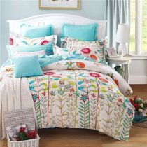 Lime Green Red Blue and White French Country Wildflower Print Natural Scene 100% Cotton Twin, Full Size Bedding Sets