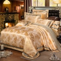 Classic Gold Scroll Pattern Sparkle Design Royal Style Noble Excellence Luxury Jacquard Satin Fabric Full, Queen Size Bedding Sets