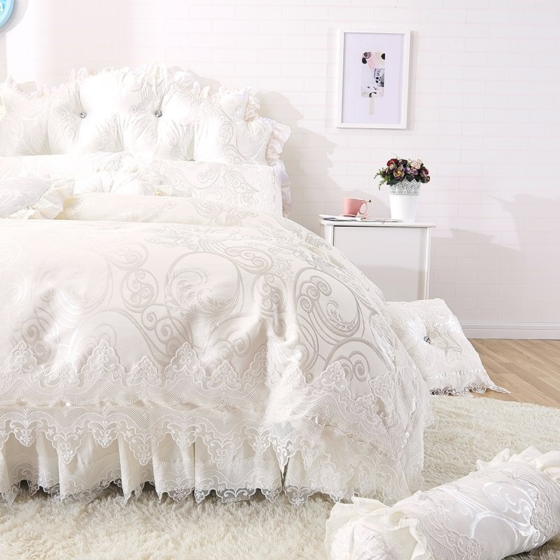 Trendy Pearl White Victorian Lace Design Sparkle Pattern Romantic Wedding Themed Luxury 100% Cotton Full, Queen Size Bedding Sets