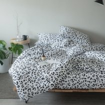 Hipster Black and White Sexy Leopard Pattern Modern Chic Traditional Full, Queen Size Bedding Sets